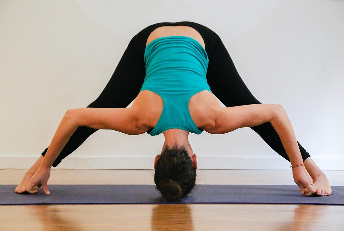 2-PORTADA-toda-postura-contiene-acción-y-reposo